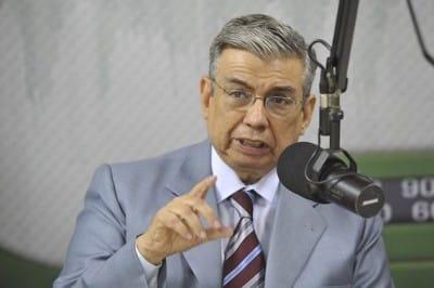 Ministro da Previdência e Assistência Social Garibaldi Alves