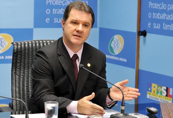 Ministro Carlos Eduardo Gaba