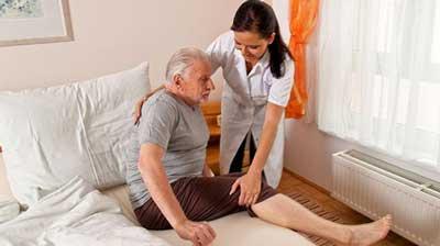 Aposentados com necessidades de cuidados permanentes podem ter aposentadoria por invalidez majorada em 25%. Tese pretende estender adicional para aposentadoria por idade e demais aposentadorias.