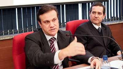O juiz federal José Antônio Savaris (E) é o coordenador científico do curso de educação à distância