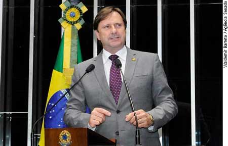Senador Acir Gurgacz (PDT-RO)