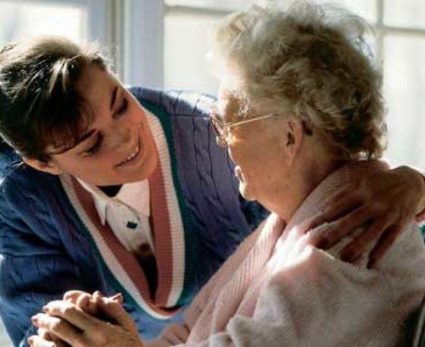 aposentado-cuidados-permanentes-de-terceiro-outra-pessoa