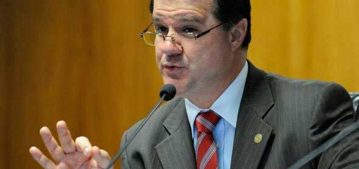 Ministro da Previdência Social Carlos Eduardo Gabas