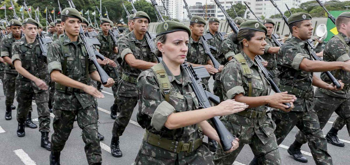Militares devem ser incluídos na reforma, segundo equipe econômica de Bolsonaro