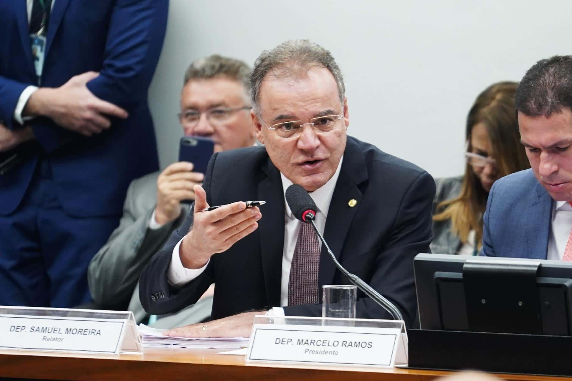 Reforma da Previdência: relator apresenta novo parecer. Veja as principais mudanças.