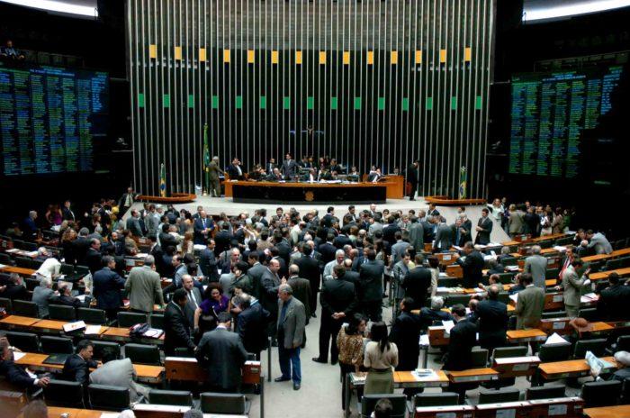 Reforma da Previdência é aprovada em segundo turno