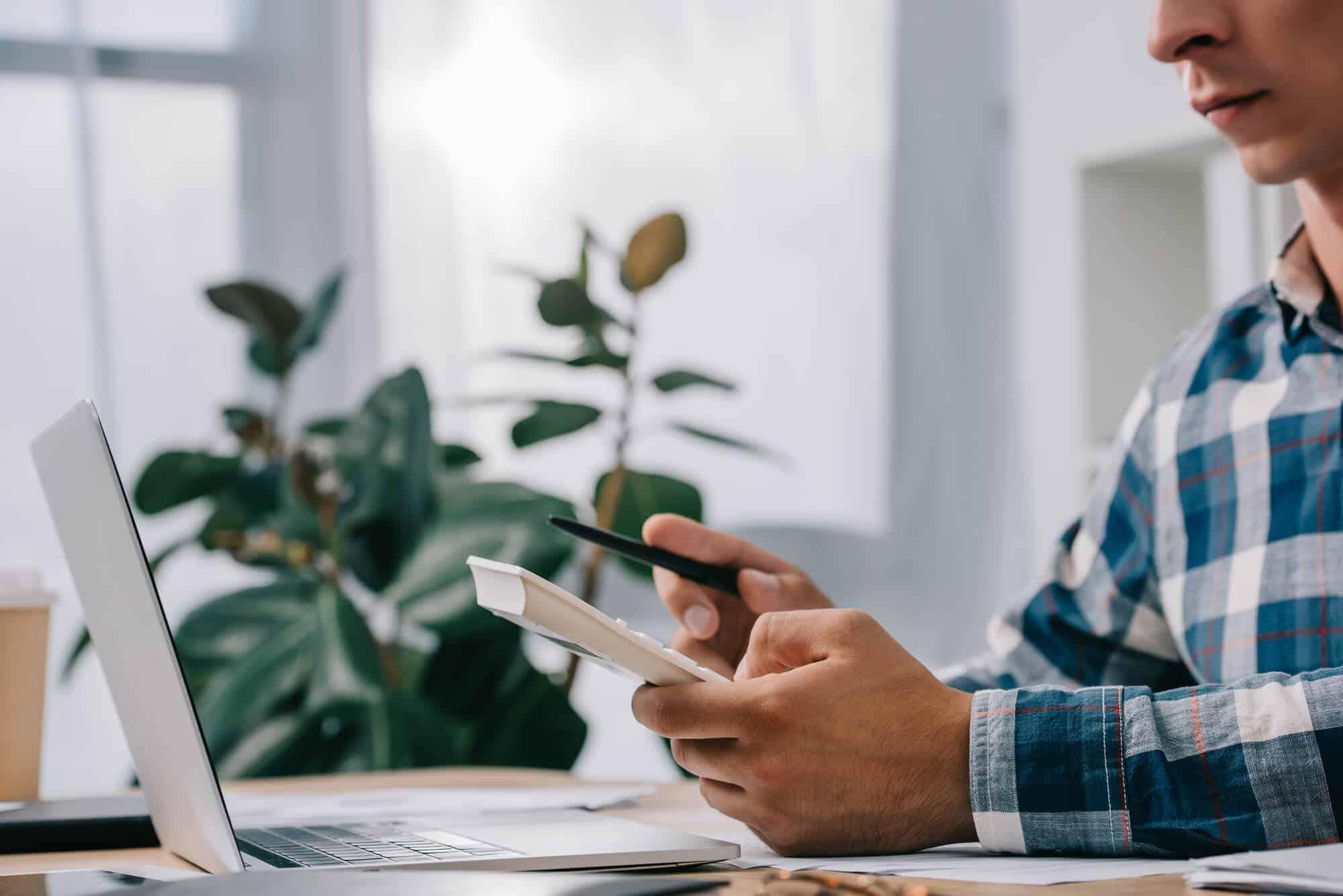 Entenda a diferença entre carência e tempo de contribuição nos cálculos previdenciários
