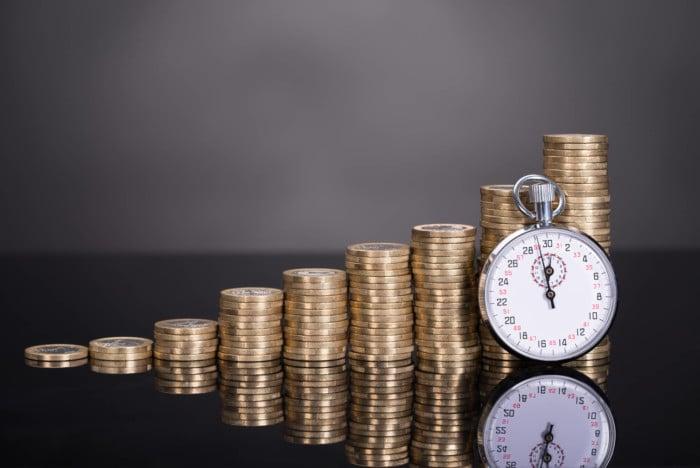 Revisão em benefício previdenciário e retroação de efeitos financeiros