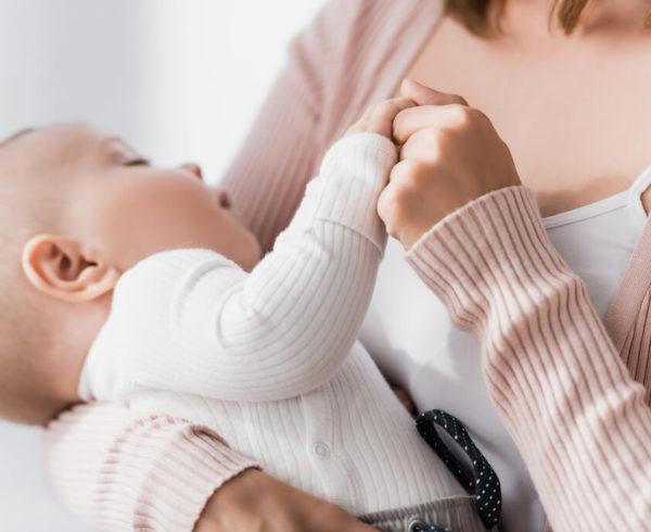 Estou desempregada: posso pedir salário-maternidade?