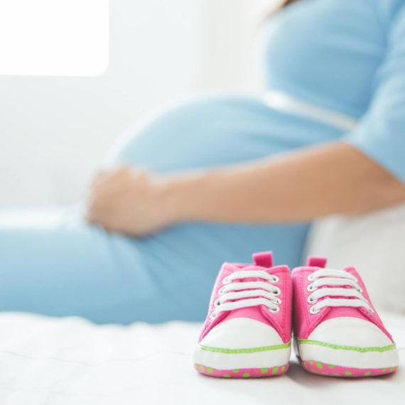 Contribuí para o INSS após o início da gravidez: posso pedir salário-maternidade?