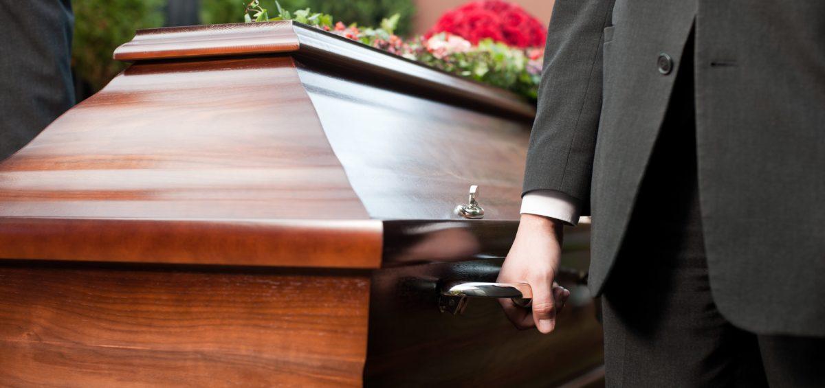 Projeto de lei prevê auxílio-funeral como benefício da Previdência Social