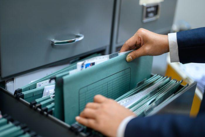 Microfichas no INSS: para que servem e como solicitar?