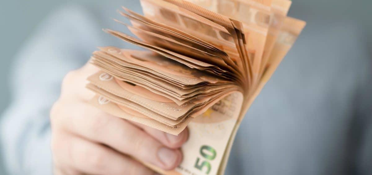 Projeto de Lei 1409/21: prevê elevação para R$600 do valor do Auxílio Emergencial