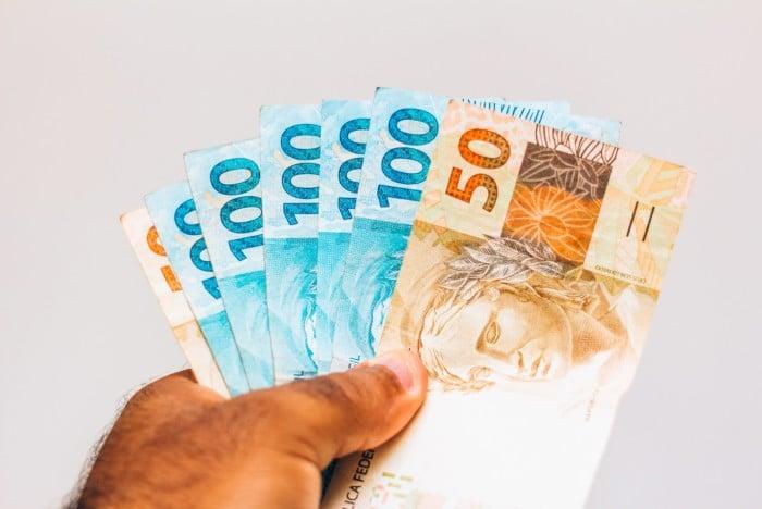 13º Salário: Governo define pagamento da primeira parcela para o final de Maio