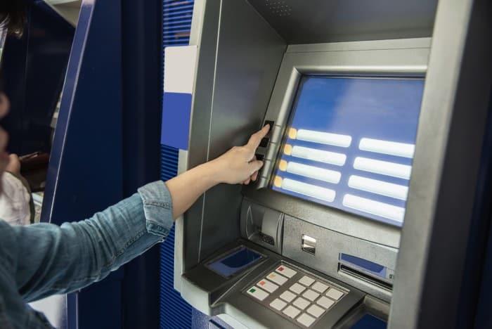 PL 1141/2021: Saque em dinheiro dos benefícios previdenciários por meio da rede externa interbancária