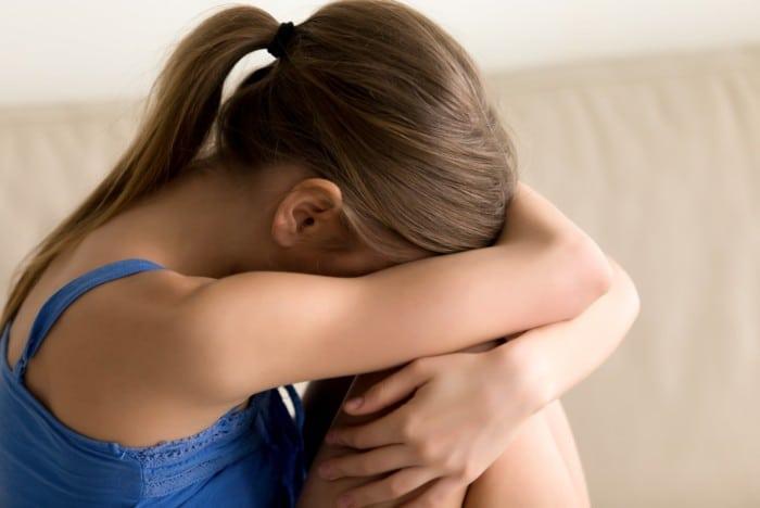 Projeto visa priorizar órfãos em razão de feminicídio nos pedidos direcionados ao INSS