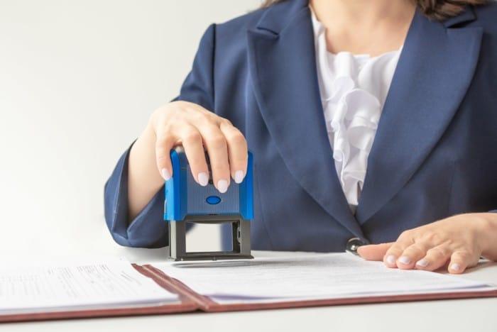 INSS pode exigir procuração com firma reconhecida?