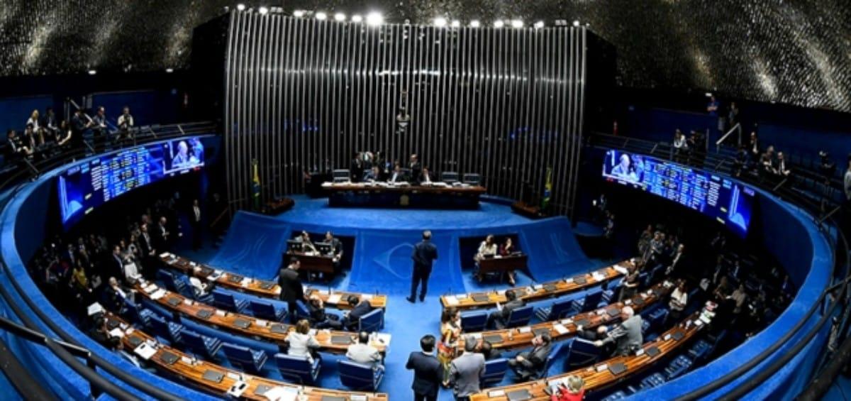 Sessão Plenária do Senado discute projeto que obriga segurados a pagar perícia médica judicial do INSS