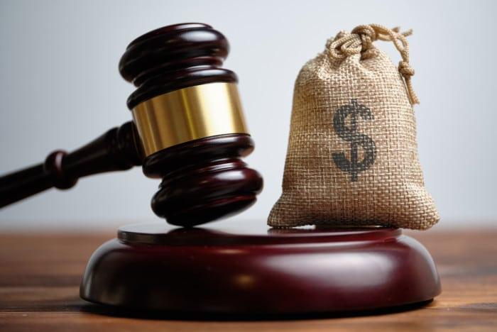 Dano moral integra o valor da causa? Entenda o julgamento em andamento no TRF4!